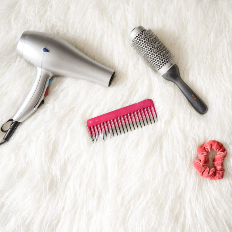 hair, hair brush, hair dryer